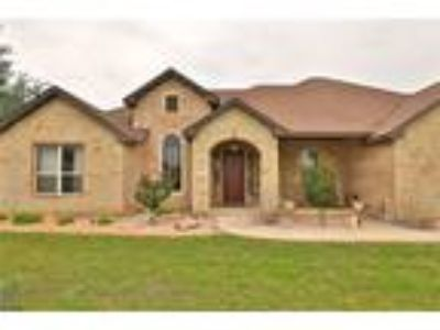 Tuscola Real Estate Home for Sale. $349,900 4bd/Two BA. - Charlie Thyne of