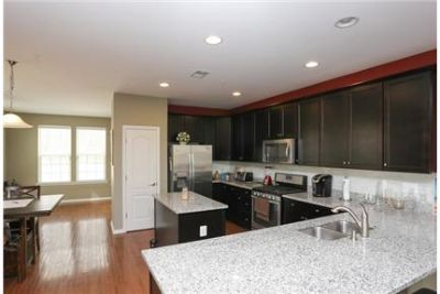 3 bedrooms Townhouse - Two year young end of group town home features granite.