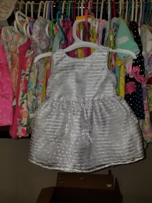 Newborn dress. Other baby clothes on my page