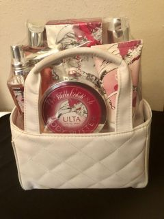 Ulta Beauty Cherry Crush Gift Set with QuIlted Tote. New.