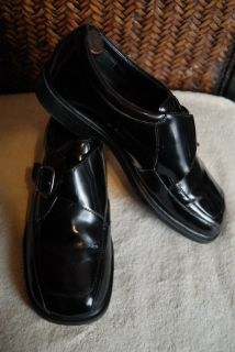 Kenneth Cole Reaction size 7 boys / men Monk Strap Leather Uppers and Lining