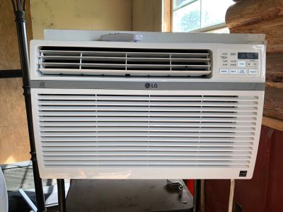 LG 12,000 BTU Window Unit Air Conditioner Unit Model LW 1217 ERSM with Remote