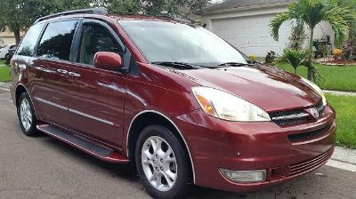 $2,528, Clean Limited AWD 2005 Toyota Sienna