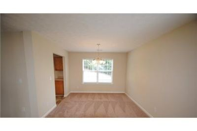 4 bedrooms Apartment - Freshly remodeled by Invitation Homes. Pet OK!