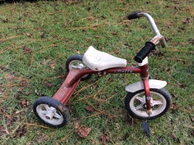 Kids huffy tricycle