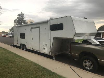 32 Enclosed trailer w/living quarters