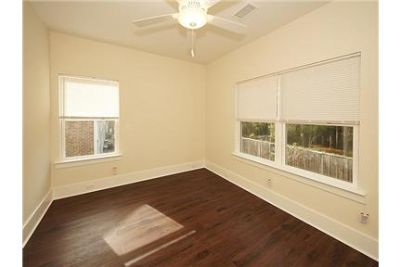 Brand new 2 bedroom 2. 5 bathroom town home in Archdale Commons