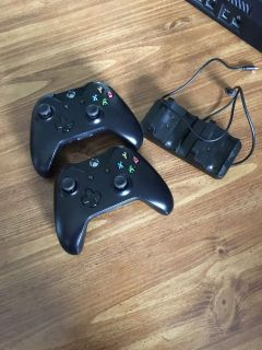 Xbox one controllers and charger