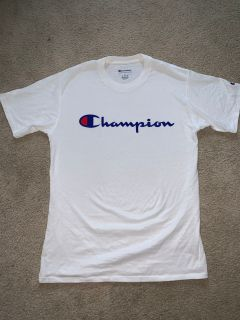 Men s size Small Champion shirt