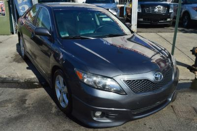 2011 Toyota Camry Base (Magnetic Gray Metallic)