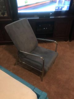 Adjustable chair - excellent condition