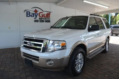 2013 Ford Expedition King Ranch (White)