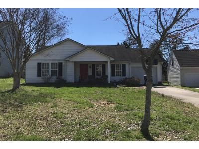 3 Bed 2 Bath Preforeclosure Property in Kannapolis, NC 28081 - Oakhurst Ct