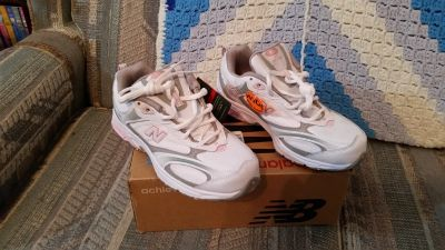 NEW New Balance 558 Women's Walking Shoes, 7 1/2 W