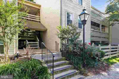 2237 Lovedale Ln #Unit D Reston, Unbelievable Renovations in