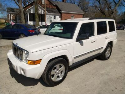 2008 Jeep Commander Sport (White)
