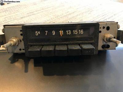 Vintage VW AM Radio Model 175-035-175A
