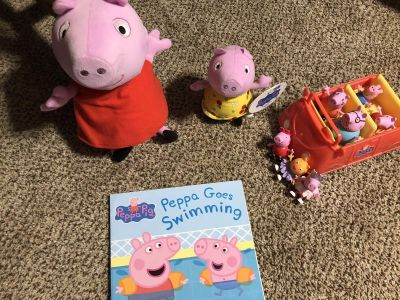 Lot of Peppa Pig toys