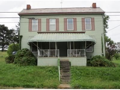2 Bed 1 Bath Preforeclosure Property in Beallsville, PA 15313 - Main St