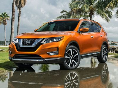 2019 Nissan Rogue S (Magnetic Black Pearl)