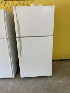USED GENERAL ELECTRIC REFRIGERATOR WITH WARRANTY