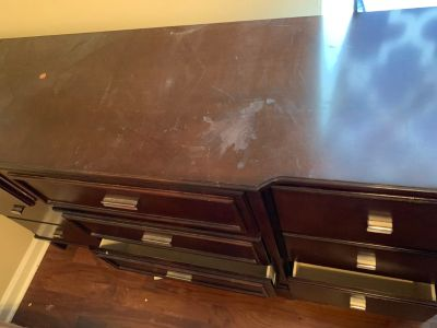 Solid wood dresser MUST PICK UP