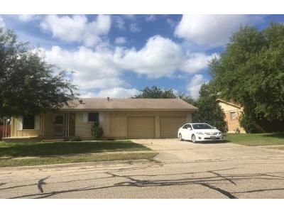 2 Bath Preforeclosure Property in Killeen, TX 76543 - Cedar Dr