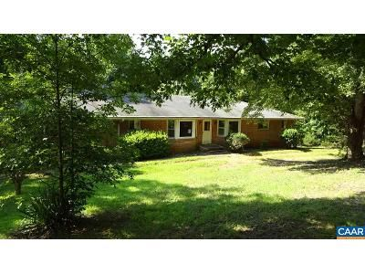 3 Bed 3.5 Bath Foreclosure Property in Charlottesville, VA 22902 - Auburn Dr