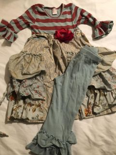 giggle Moon outfit siZe 6
