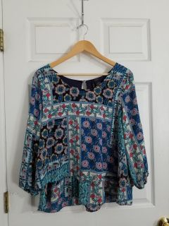 Adorable New Directions Top Size 1X. Like New! Excellent Condition!