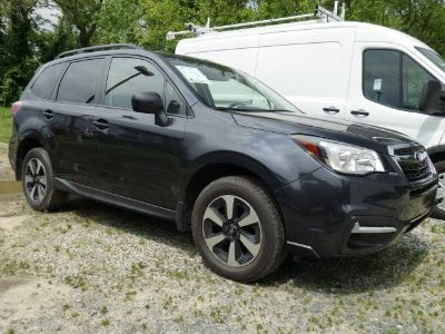 2017 Subaru Forester 2.5i Premium (Dark Gray Metallic)