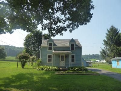 2 Bed 1 Bath Preforeclosure Property in New Holland, PA 17557 - Overlys Grove Rd