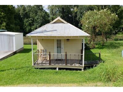 1 Bed Preforeclosure Property in Raceland, LA 70394 - Highway 1