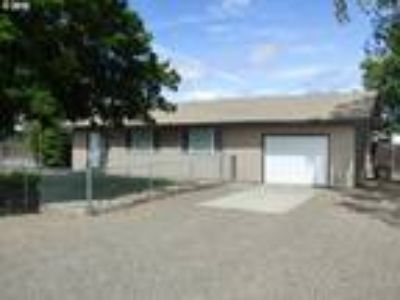 Goldendale Real Estate Home for Sale. $169,900 3bd/One BA. - Robert Wing of