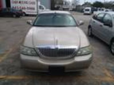 Used 2004 Lincoln Town Car Signature in Georgetown, SC