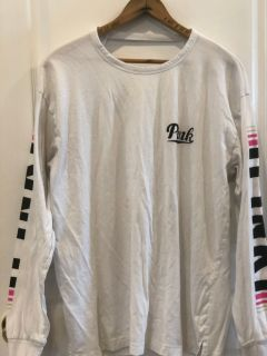 VS Pink Long Sleeve T-shirt Size Large