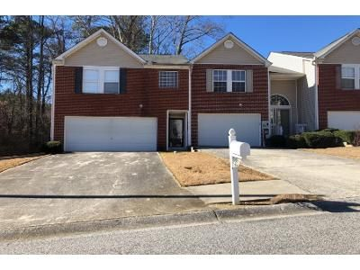 3 Bed 2 Bath Preforeclosure Property in Mableton, GA 30126 - Queen Meadow Dr SE