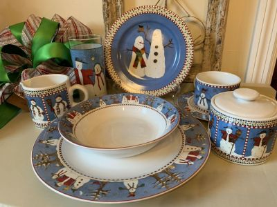 8 Six Piece Place Settings Debbie Mumm Snowman Holiday Christmas Dishes
