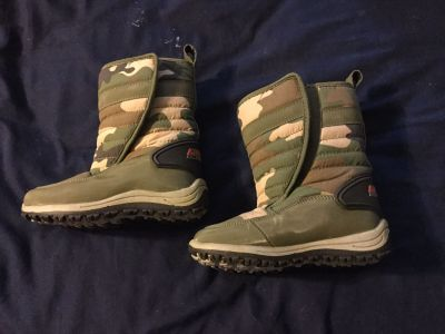 Winter Boots boys size 9