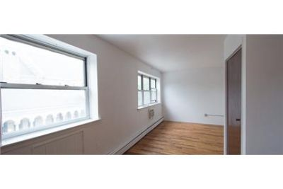 Bright Brooklyn, 3 bedroom, 2 bath for rent. Washer/Dryer Hookups!