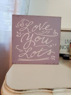 "Purple ""love you lots"" wooden accent"