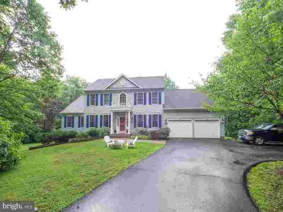 15448 Pheasant CT AMISSVILLE Four BR, Lovely colonial at the end