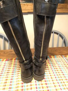Tall leather riding boots size 7