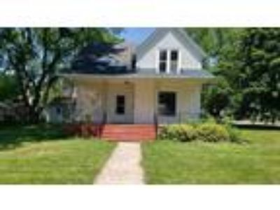 Four BR One BA In Mount Morris IL 61054