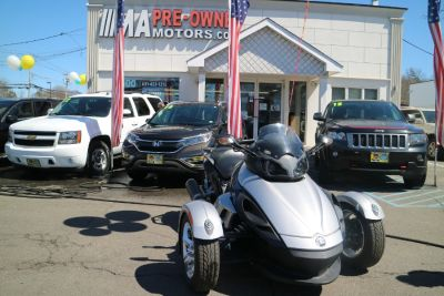 $8,995, Take a look at this 2010 Can-Am Spyder