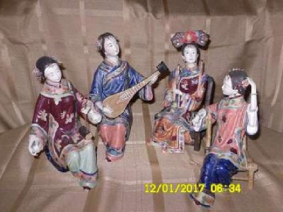 Figurines, hand painted collectable