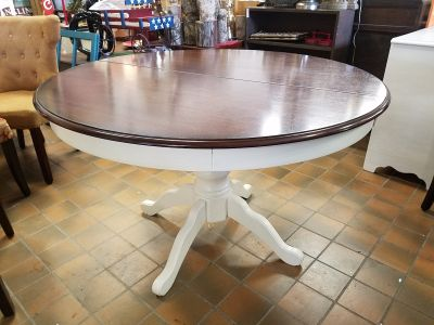 """Pier 1 farmhouse pedestal kitchen table $200 (47"""" without the leaf and 67"""" with it)"""