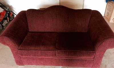 SMALL SOFA (LOVE SEAT) RED BURGUNDY