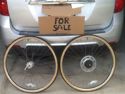 REAL SCHWINN 27inch w/Knobby tires for better traction. Old rusty golf clubs' free  or best offer,HA