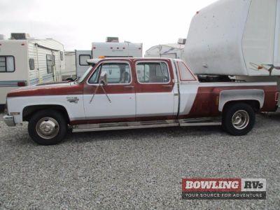 $3,995, 1987 Chevrolet Silverado 33 DRW